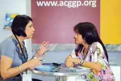 (2012) - Durante el XI Simposio Bolivariano de Exploración Petrolera en las Cuencas Subandinas, conversó con Elsa Jaimes, Presidenta del Comité Organizador