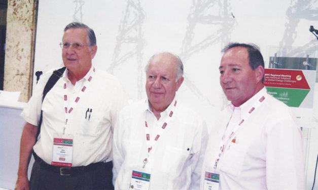 """Hans Krause fue galardonado por la AAPG con el """"Michel Thomas Halbouty Outstanding Leadership Award"""""""