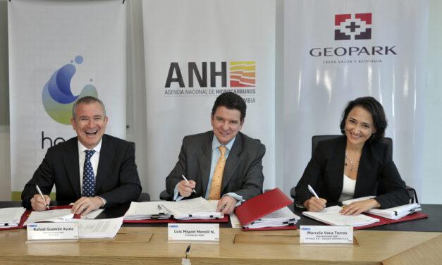 ANH firma los primeros cuatro contratos de E & P