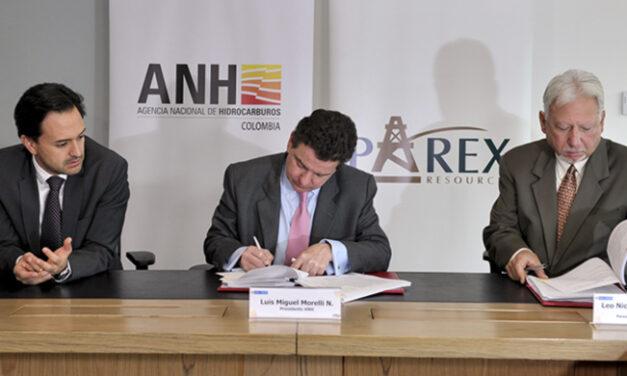 Colombia: Histórica firma de 31 contratos