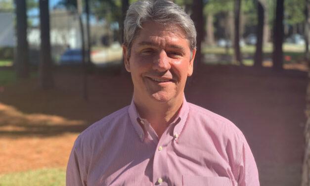Nombró a Jim McGowin Vicepresidente  para Norte y Sur América